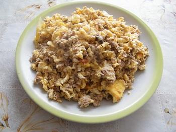 Рецепта на деня – Яйца със сирене и риба тон